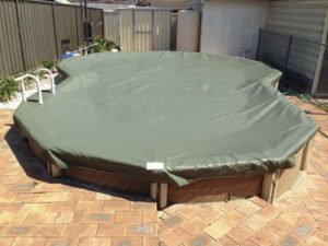 The Shutdown cover can be fitted to above-ground pools