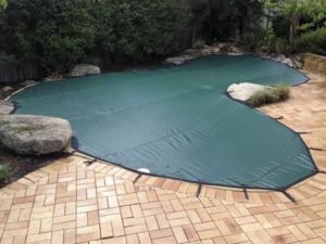 Leaf cover on complicated pool