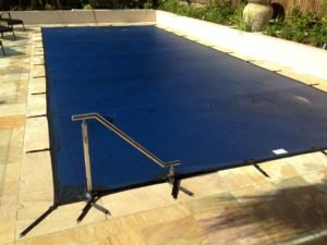 Blue leaf & debris cover on rectangular pool