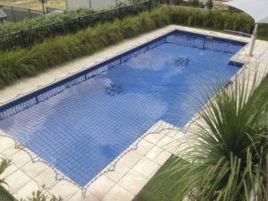 Pool Safety Net on rectangular pool