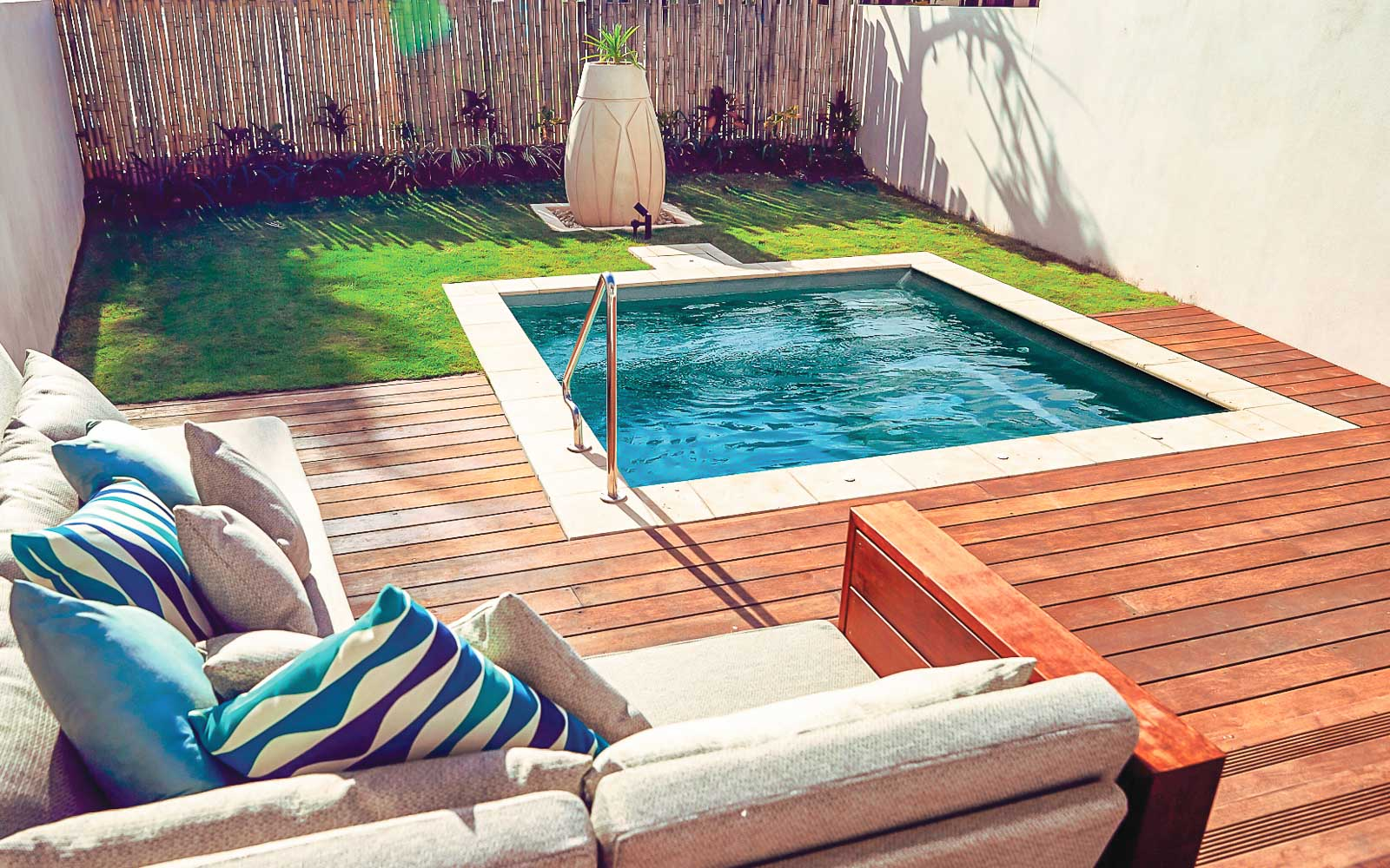 a plunge pool is one of the swimming pool trends for 2021
